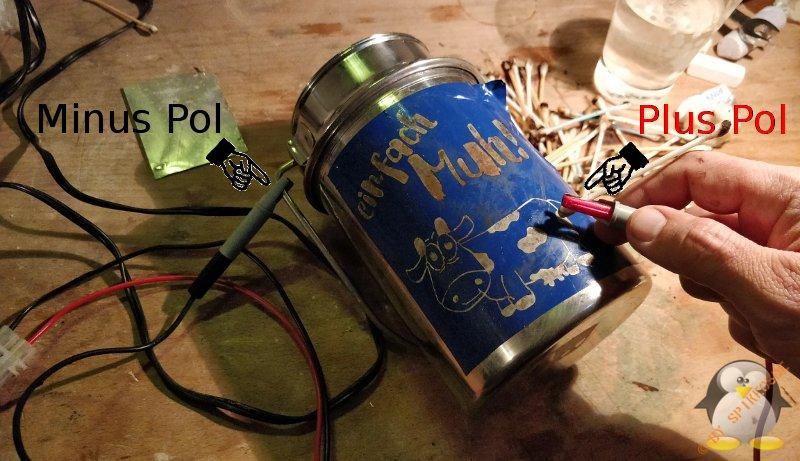 Metall ätzen Minuspol Pluspol