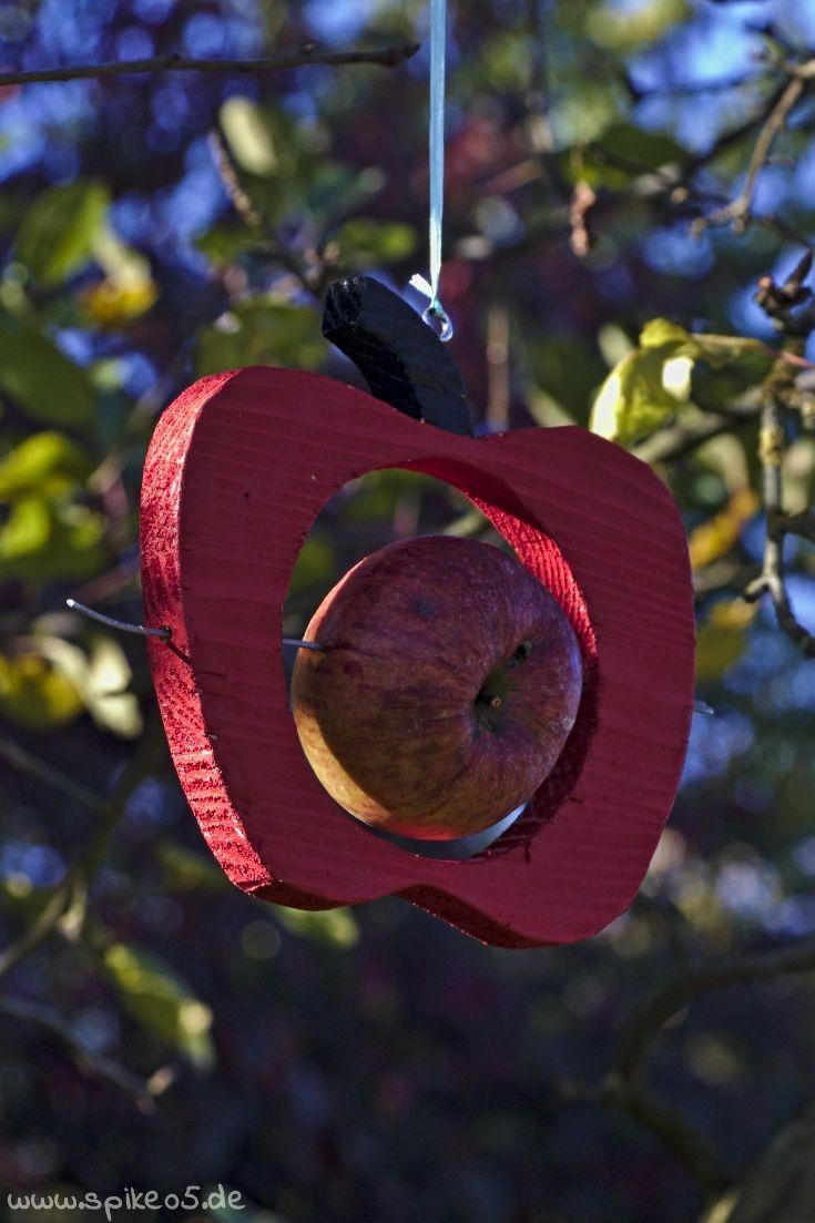 Futterstation Apfelform Apfel Meisenknödelhalter DIY selber machen