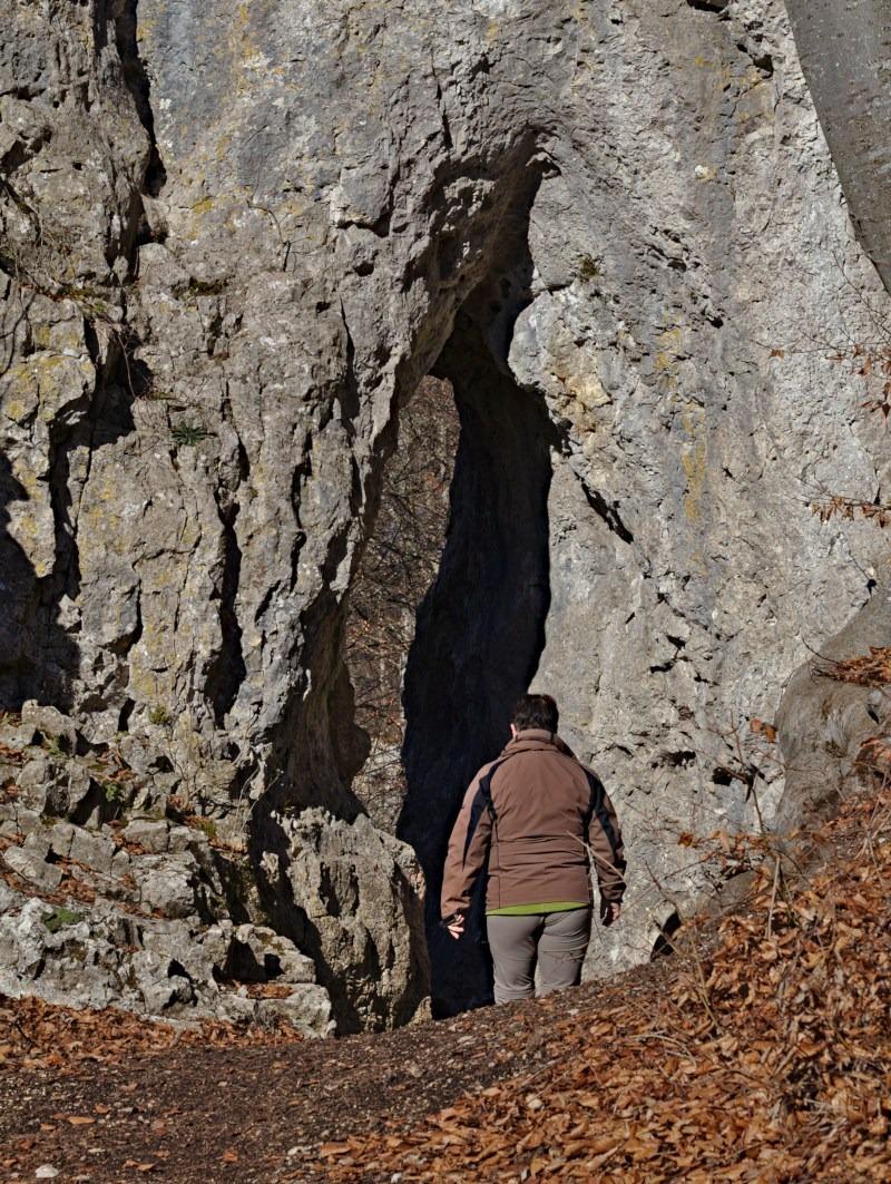 Felsentor beim Felsenlabyrinth Küssende Sau Blaubeuren