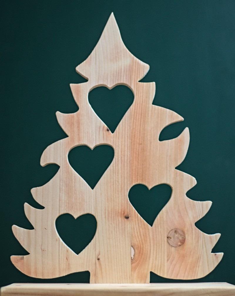 Weihnachtsbaum mit Herzen