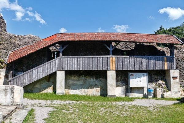 Alt-Trauchburg Innenhof Allgäu